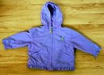 Jarní fialová bunda s výšivkou kytiček a kytičkovým zipem. Udávaná velikost: 18 měsíců. Dobrý stav, 120 Kč.